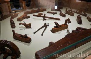 旅するルイ・ヴィトン展革加工の道具